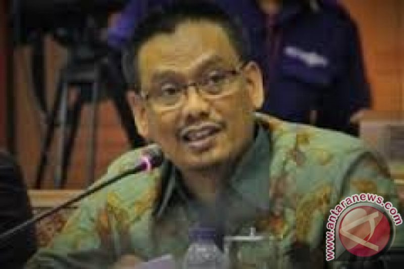 Legislator minta kaji ulang reorganisasi Kemendikbud