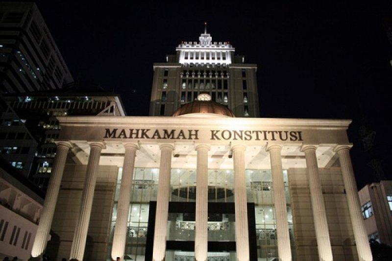 Gugatan revisi UU KPK tidak diterima MK