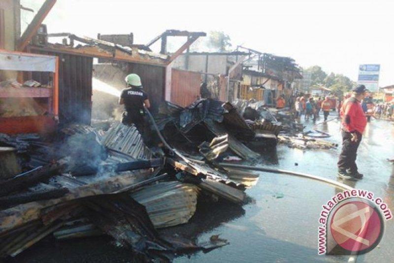 Kebakaran Pasar Koto Baru Hanguskan 18 Toko dan Dua Rumah