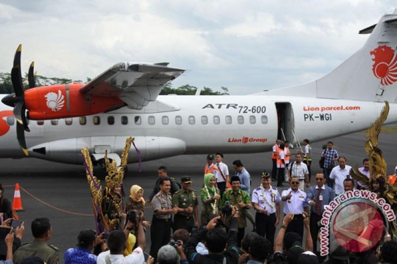 Polisi Pantau Harga Tiket Di Bandara Jember Antara News Papua