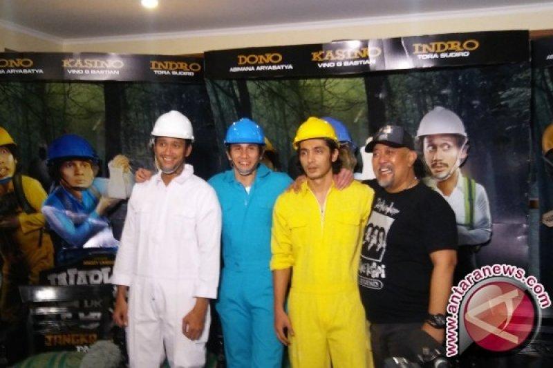 Pulang, Para Pemeran Warkop Reborn Senang Sambut Tora Sudiro