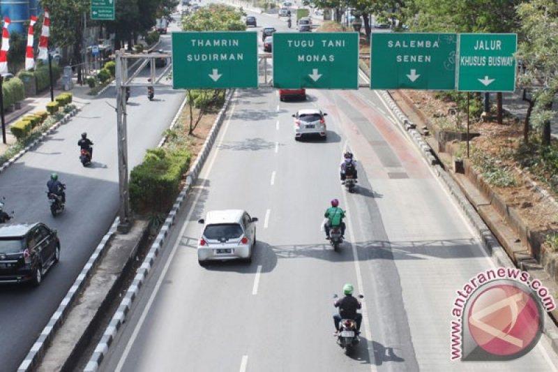 Pengemudi ojek daring tolak rencana ganjil genap untuk sepeda motor