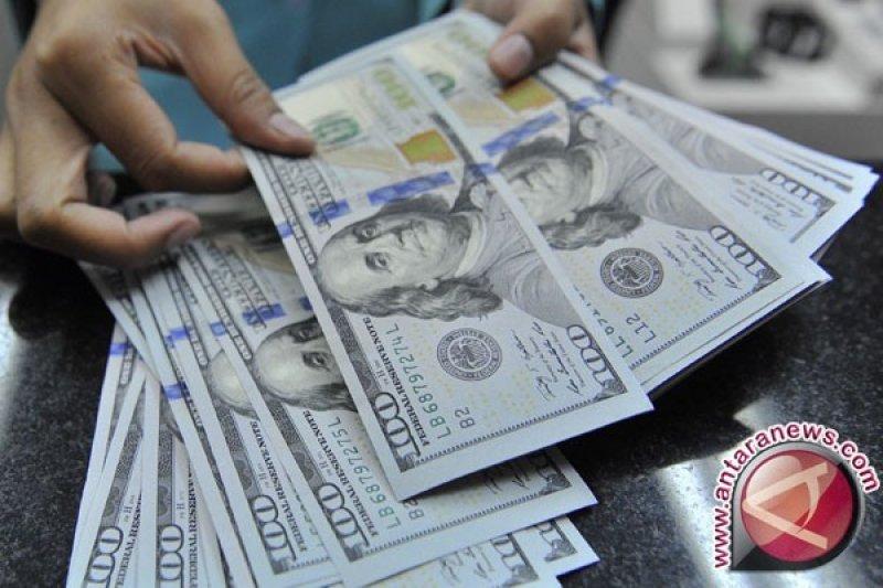 Dolar dekati tertinggi 3-minggu