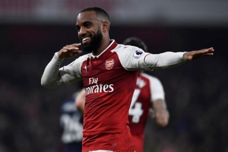 Arsenal tekuk Palace 4-1