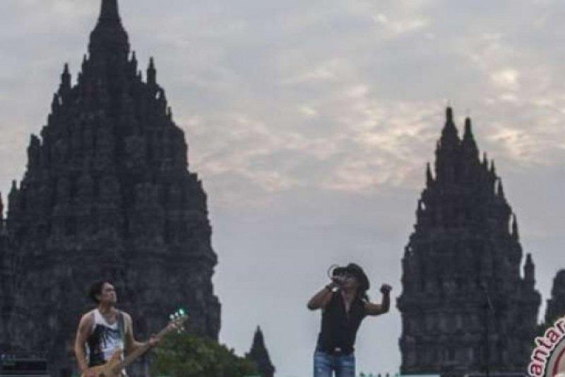 Ikatan Ahli Arkeologi Indonesia Protes Festival Rock Di Halaman Prambanan