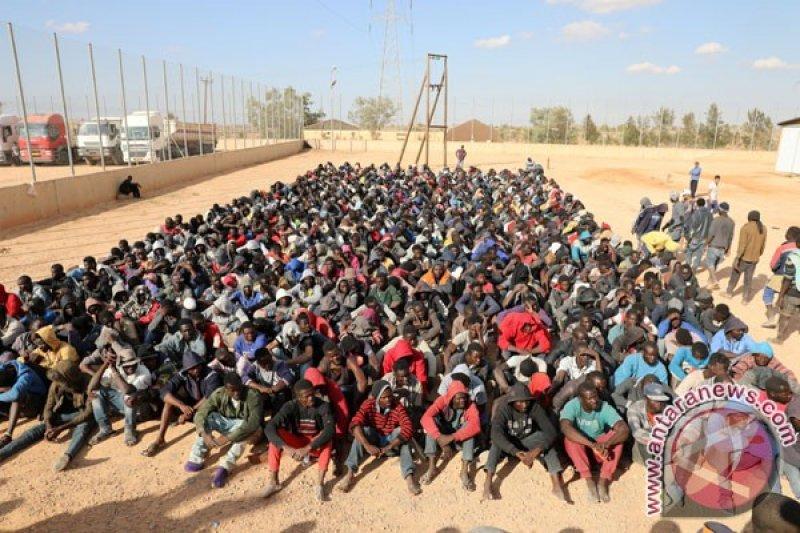Pusat tahanan migran di Tripoli diserang,  40 tewas