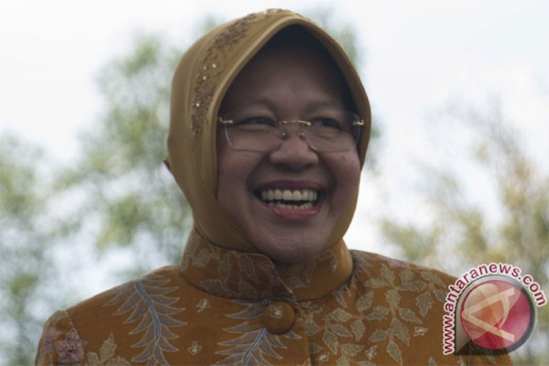 Risma mutasi-rotasi 67 pejabat Pemkot Surabaya