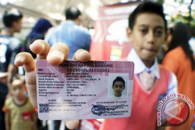 20 ribu anak akan mendapat kartu identitas