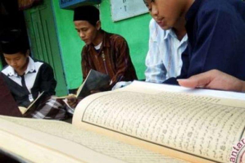 20 kafilah Riau ikut STQ nasional di Pontianak