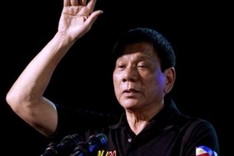 Warga Filipina puji perang narkoba Duterte