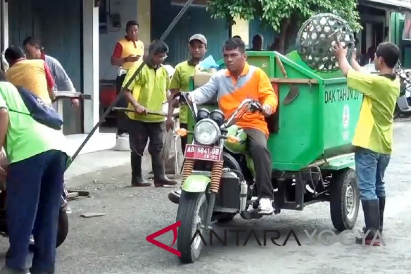Bantul bangun sarana pengelolaan sampah seluruh desa