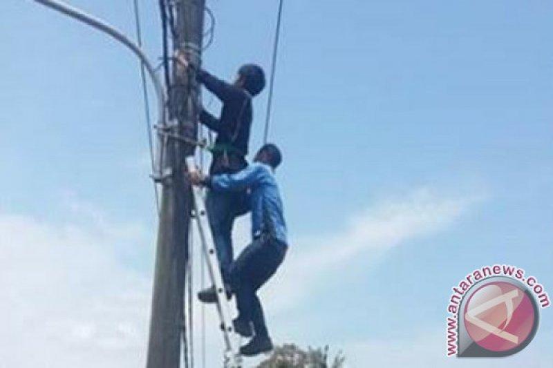 Pemasangan saluran tv kabel di daerah ini semerawut