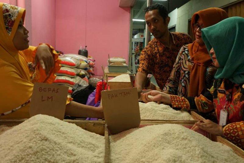 Pemkot tekan harga beras lewat OP