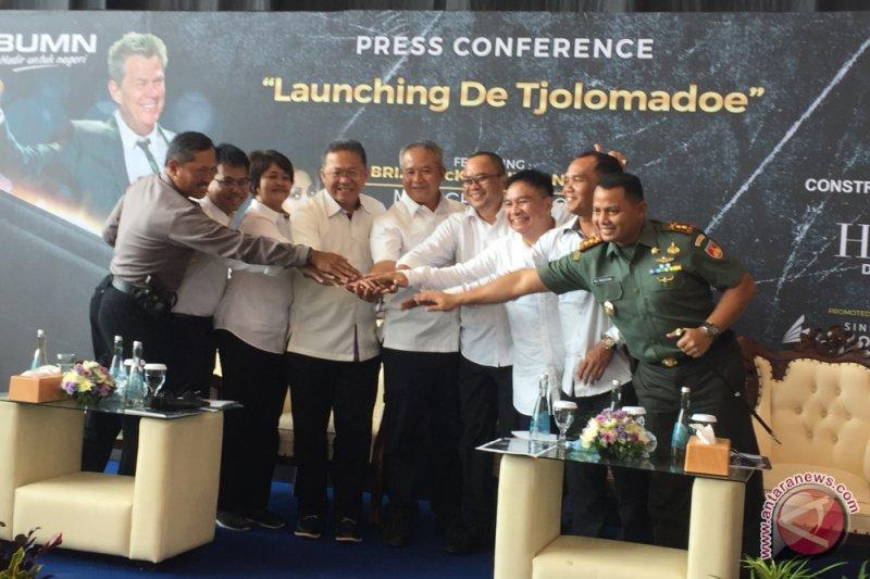 David Foster diundang untuk perkenalkan De Tjolomadoe