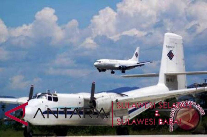 Penerbangan bandara Sulbar turun 4,96 persen