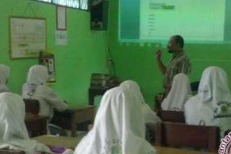 14 siswa MAN 1 Pekanbaru peroleh pendidikan ke Timur Tengah