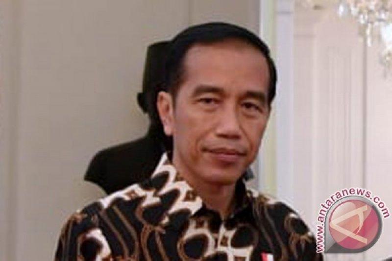 Jokowi lantik sembilan anggota KPPU
