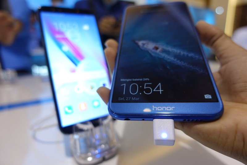 Honor 9 Lite sold out in a minute Flash Sales