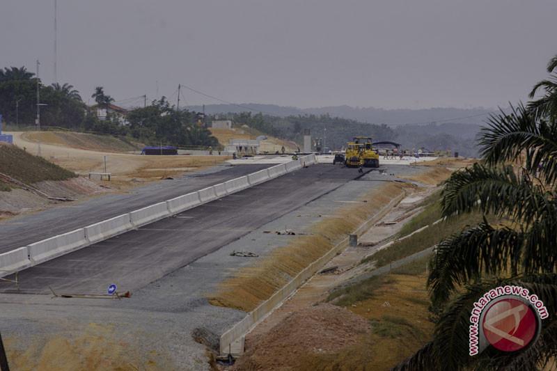Hutama Karya yain tol Pekanbaru-Dumai beroperasi pada November 2019
