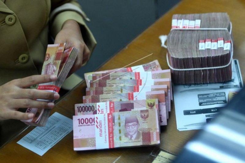 Rupiah Senin pagi melemah ke Rp14.579 per dolar AS