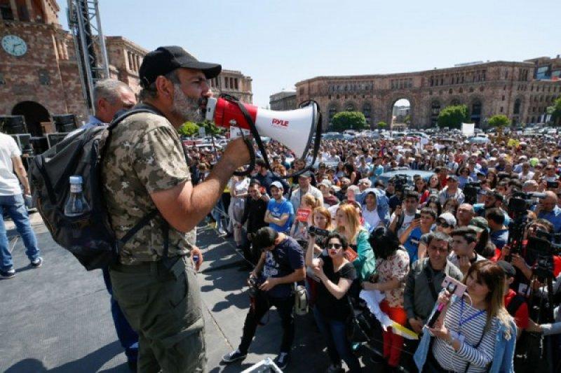 PM Armenia memecat kepala keamanan nasional