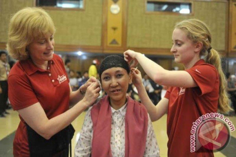 Dinsos Sumsel  bantu veteran alat pendengaran