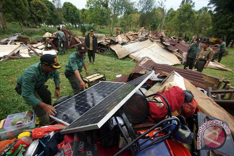 Pemkab Bogor terima tanah hibah di Megamendung Puncak