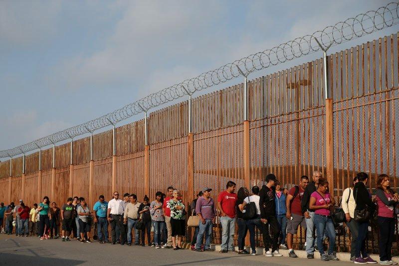 Pentagon setujui 320 personel tambahan ke perbatasan Meksiko