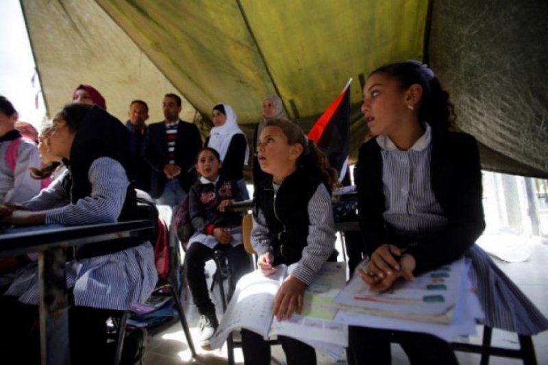 Lebih 1,3 juta siswa mulai masuki tahun ajaran baru di Palestina