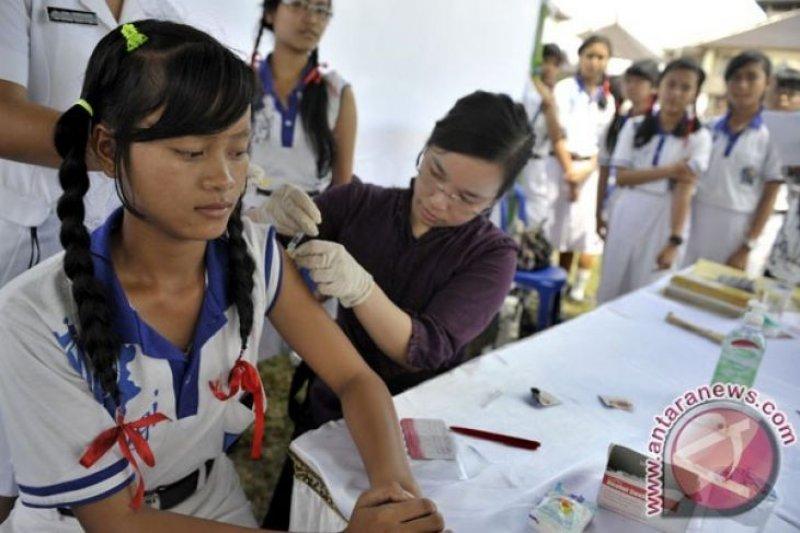 Vaksin HPV untuk cegah kanker serviks sebaiknya diberikan sejak dini