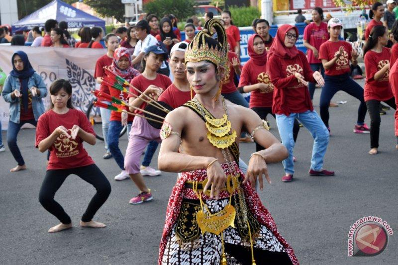 Universitas Negeri Semarang lestarikan kesenian Jawa melalui UKM
