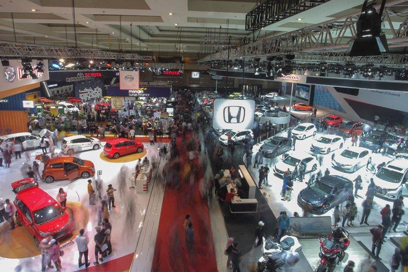 12.402 kendaraan terjual selama IIMS 2018