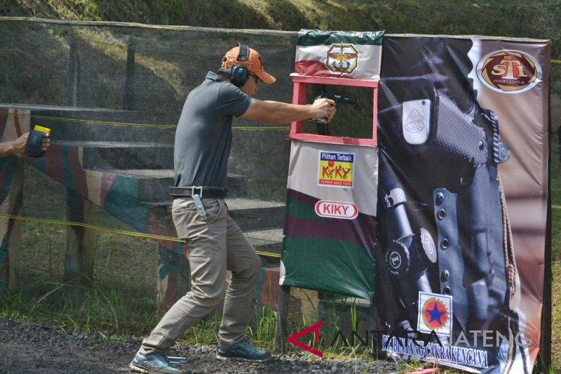 Ratusan penembak ikuti kejuaraan terbuka Danjen Kopassus