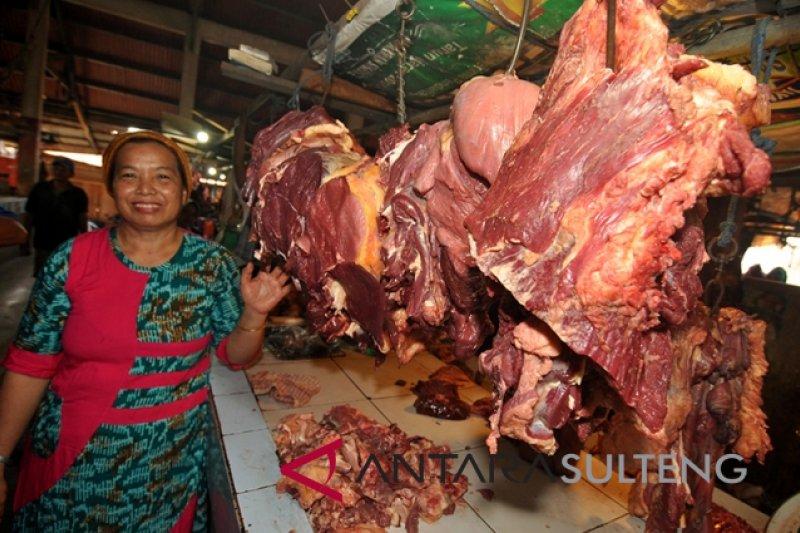 Harga daging di Palu sudah  kembali normal