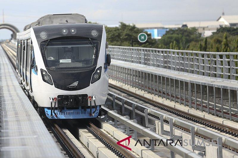 Modifikasi dan tambah trayek angkutan umum koneksi stasiun LRT