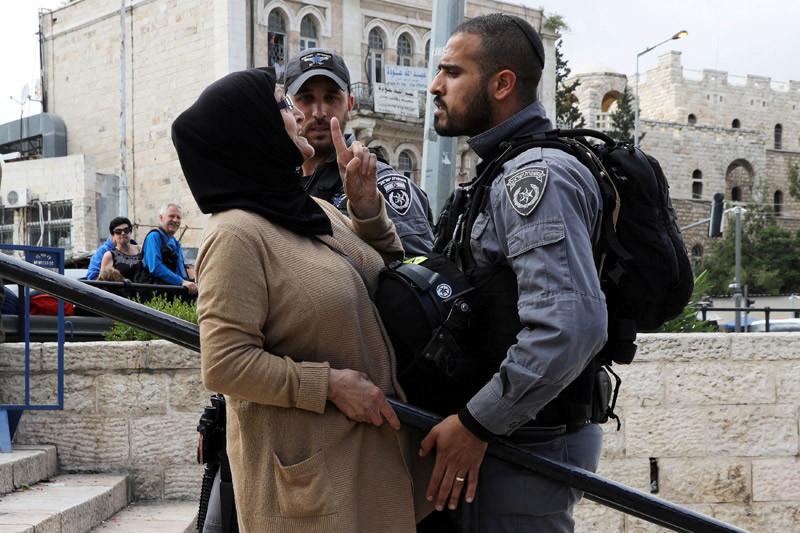 Perempuan Palestina hamil menyerah pada lukanya yang parah
