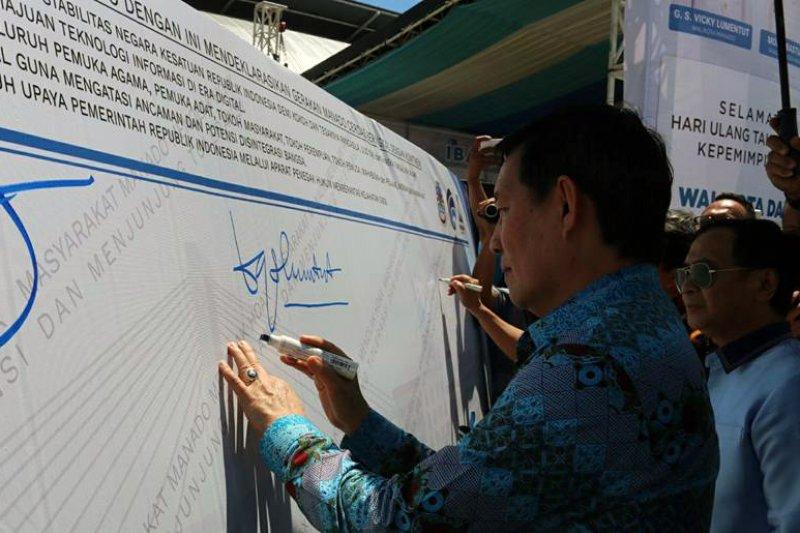 Dua Tahun Pemerintahan Manado Deklarasi Anti Hoax