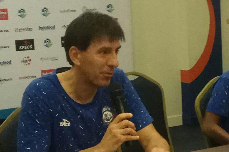 Mantan pelatih Arema Milan Petrovic tangani tim Badak Lampung FC