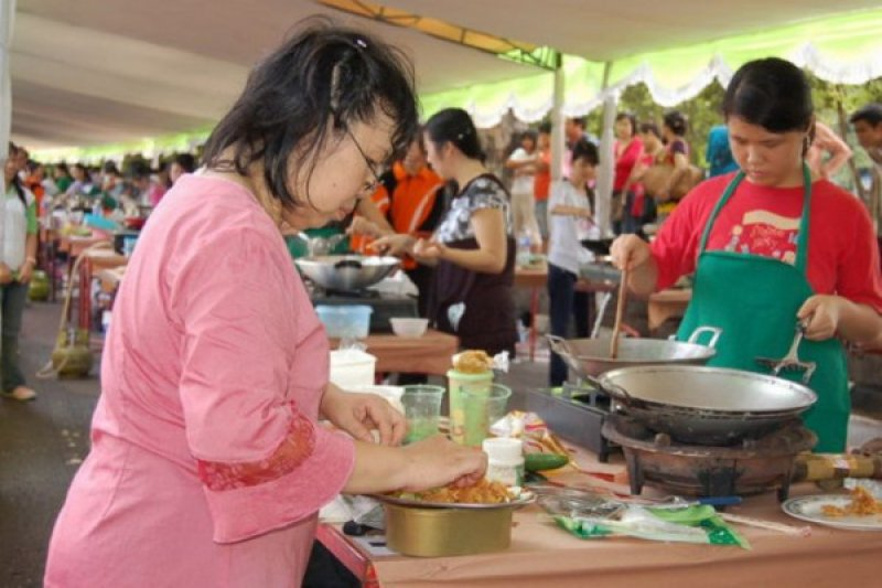 Hari ini, festival vegetarian hingga konser Kpop