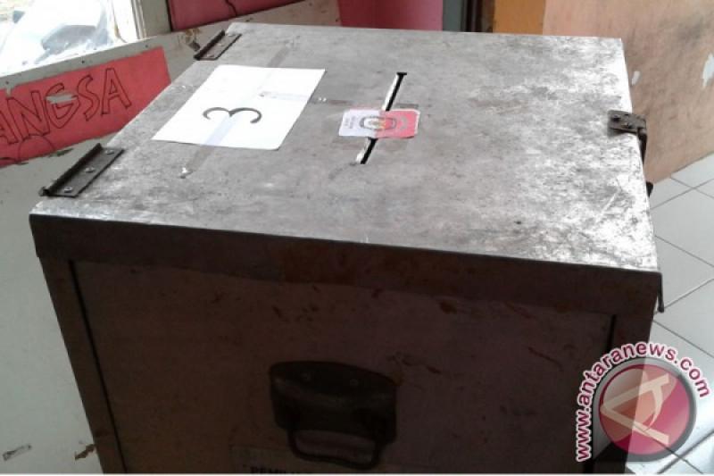 KPU Ngawi rakit kotak suara Pemilu 2019