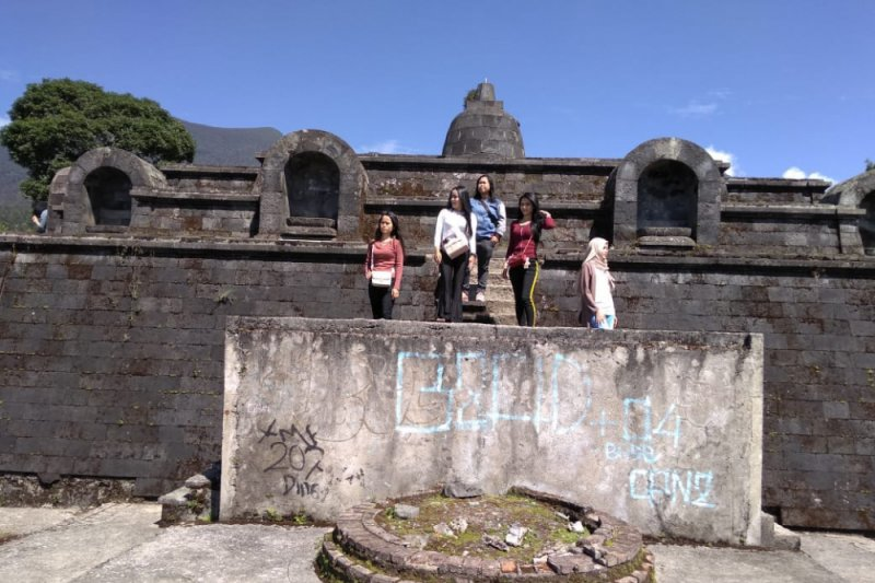 Candi Borobudur Mini Menjadi Destinasi Baru Cianjur Antara