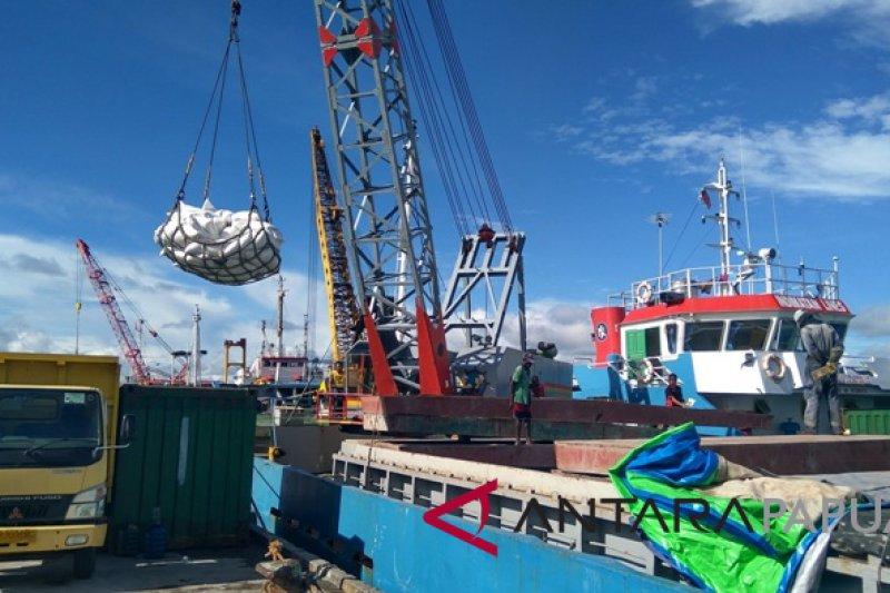 Disperindag Mimika datangkan material gerai maritim dari Surabaya