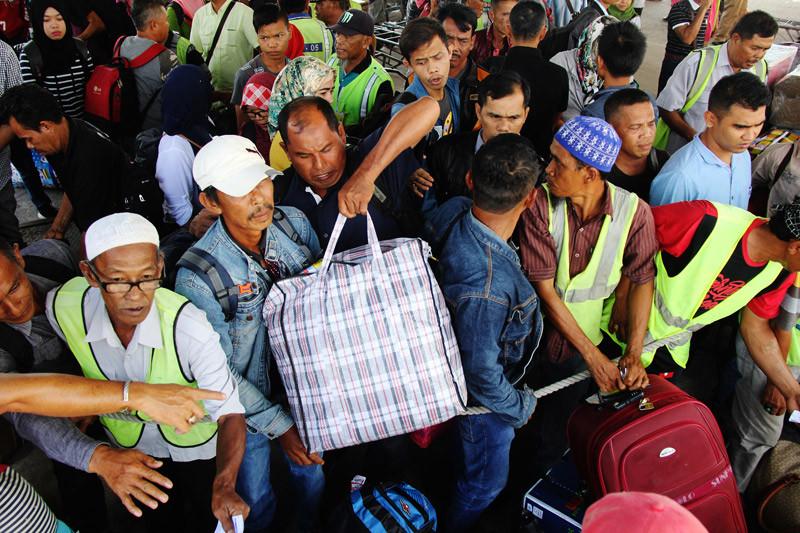 Polda Riau siapkan sembilan jalur alternatif bila terjadi penumpukan kendaraan