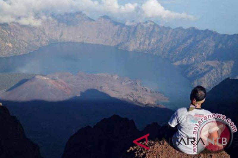 Warga berharap jalur utara Gunung Rinjani dibuka kembali