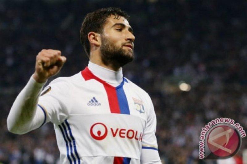 Liverpool segera rekrut kapten Lyon Nabil Fekir