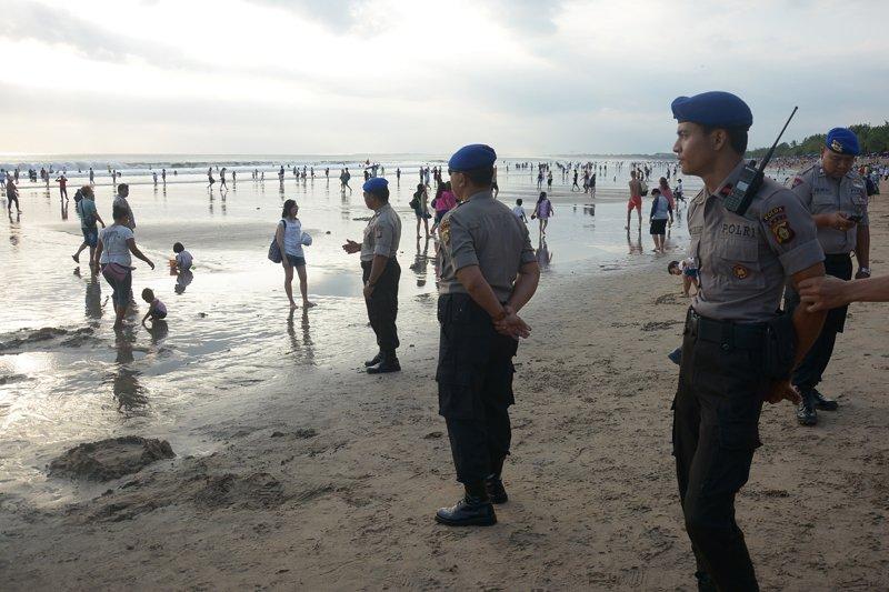Pengamanan Pantai Kuta