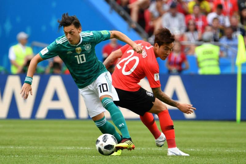 Kroos kritik cara Ozil pensiun dari timnas Jerman