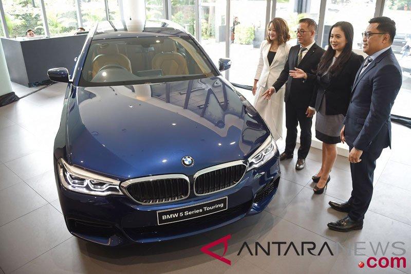 BMW seri 5 Touring  diperkenalkan perdana di Indonesia