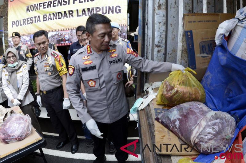 Penyelundupan daging celeng ilegal