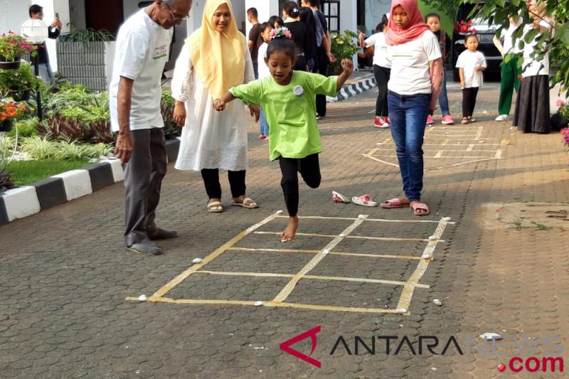 Balai Pustaka Dan Telkom Ajak Masyarakat Lestarikan Permainan Anak Tradisional Antara News Kalimantan Utara